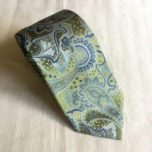 Geoffrey Beene silk hand made paisley pattern tie